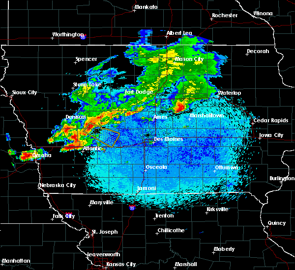 Radar Image for Severe Thunderstorms near Dedham, IA at 8/9/2015 11:40 PM CDT