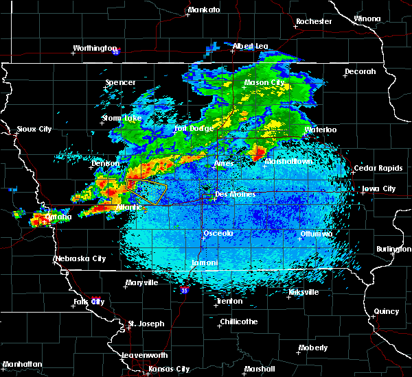 Radar Image for Severe Thunderstorms near Guthrie Center, IA at 8/9/2015 11:51 PM CDT