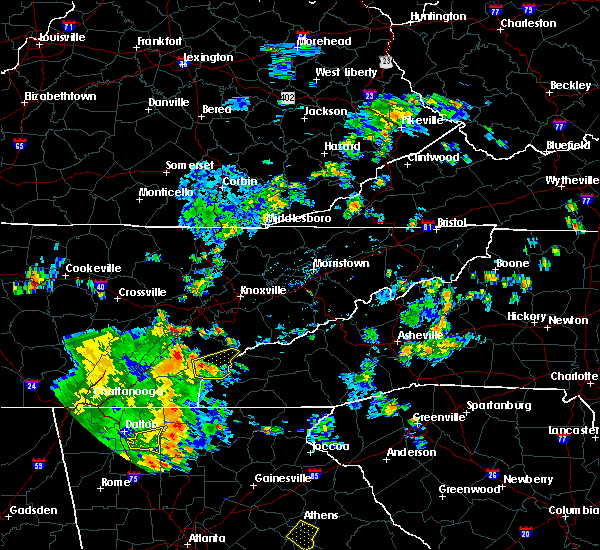Radar Image for Severe Thunderstorms near Tellico Plains, TN at 8/10/2015 4:11 PM EDT
