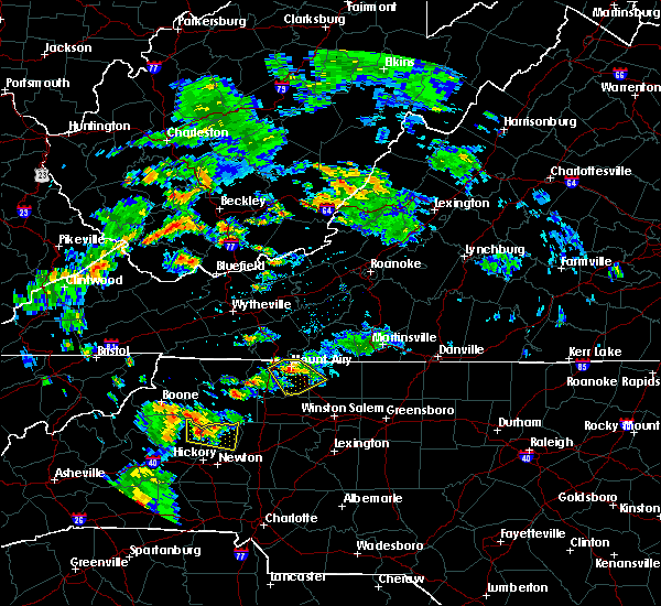 Radar Image for Severe Thunderstorms near Taylorsville, NC at 8/10/2015 5:27 PM EDT