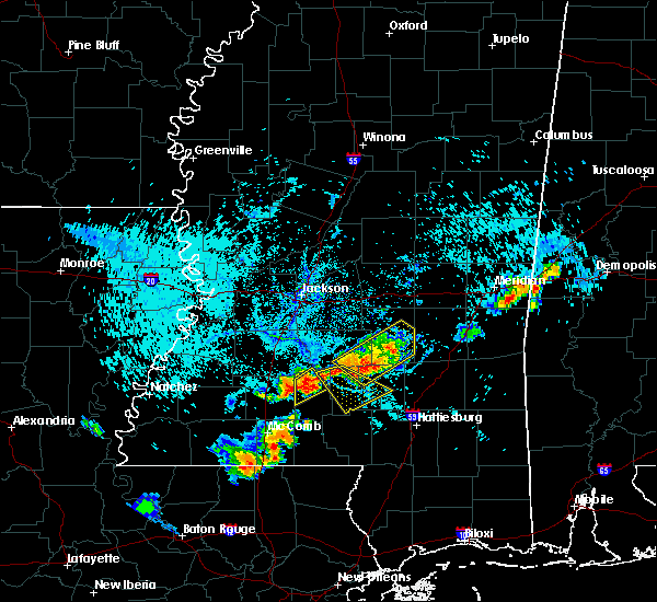 Radar Image for Severe Thunderstorms near Prentiss, MS at 8/10/2015 6:18 PM CDT