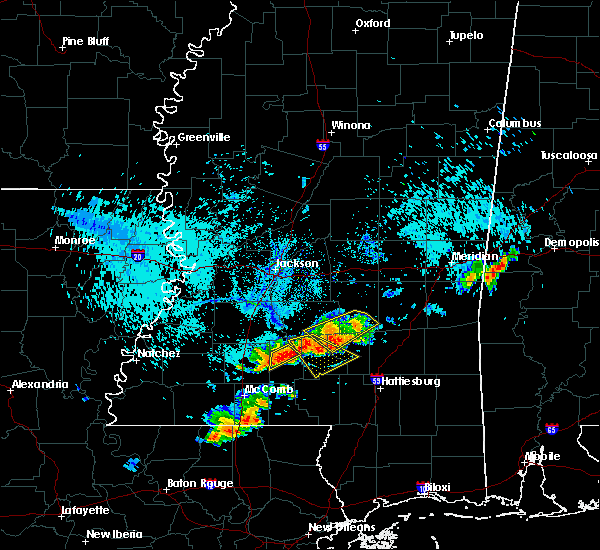 Radar Image for Severe Thunderstorms near Monticello, MS at 8/10/2015 6:33 PM CDT