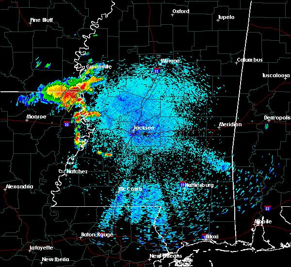 Radar Image for Severe Thunderstorms near Lake Providence, LA at 8/11/2015 4:03 AM CDT