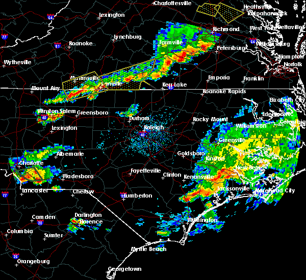 Radar Image for Severe Thunderstorms near Milton, NC at 8/11/2015 4:50 PM EDT