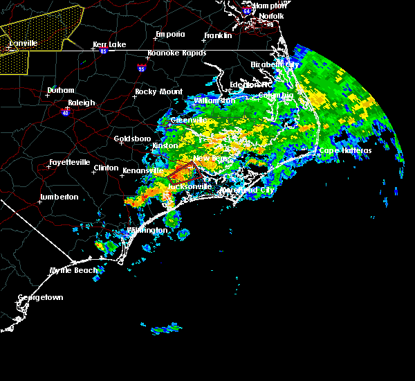 Radar Image for Severe Thunderstorms near New Bern, NC at 8/11/2015 5:16 PM EDT
