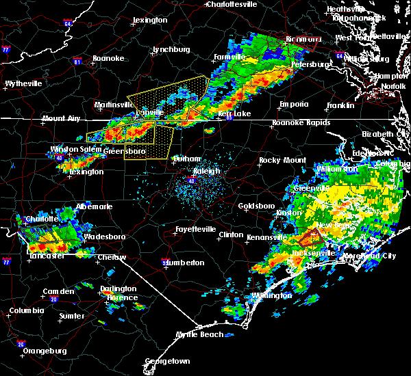 Radar Image for Severe Thunderstorms near Glen Raven, NC at 8/11/2015 5:19 PM EDT