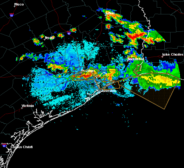 Radar Image for Severe Thunderstorms near Channelview, TX at 8/11/2015 6:10 PM CDT