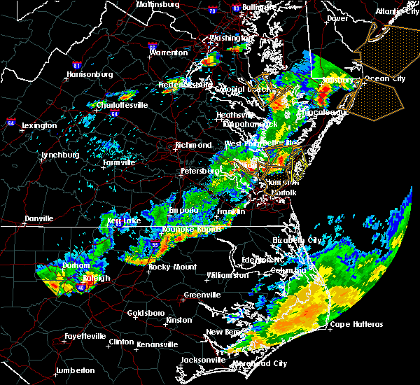 Radar Image for Severe Thunderstorms near Belle Haven, VA at 8/11/2015 7:13 PM EDT