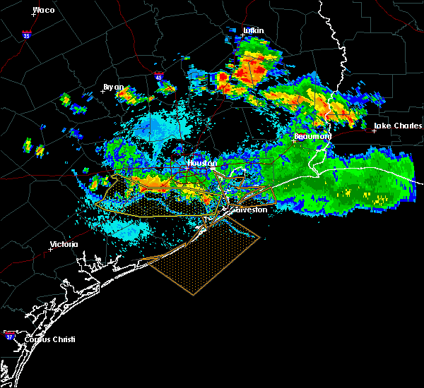 Radar Image for Severe Thunderstorms near Dickinson, TX at 8/11/2015 7:03 PM CDT