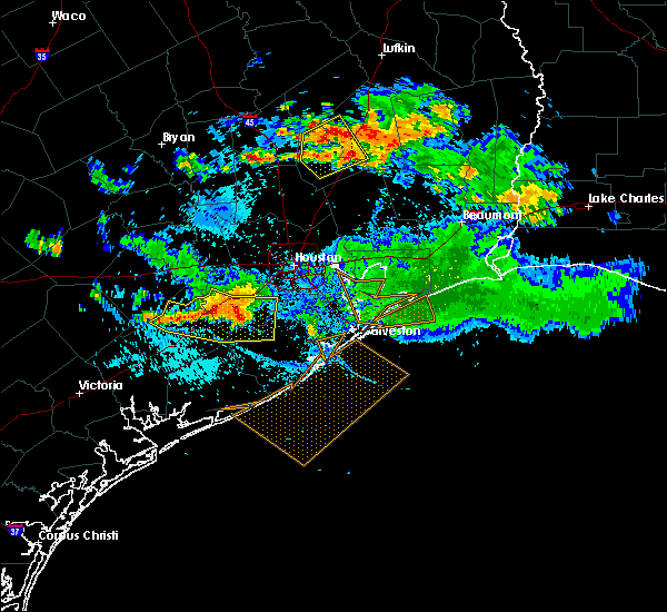Radar Image for Severe Thunderstorms near Oakhurst, TX at 8/11/2015 7:28 PM CDT