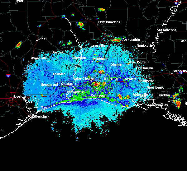 Radar Image for Severe Thunderstorms near Lake Charles, LA at 8/12/2015 4:26 PM CDT