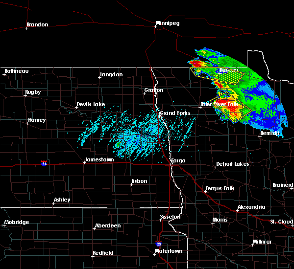 Radar Image for Severe Thunderstorms near Roseau, MN at 8/12/2015 4:33 PM CDT
