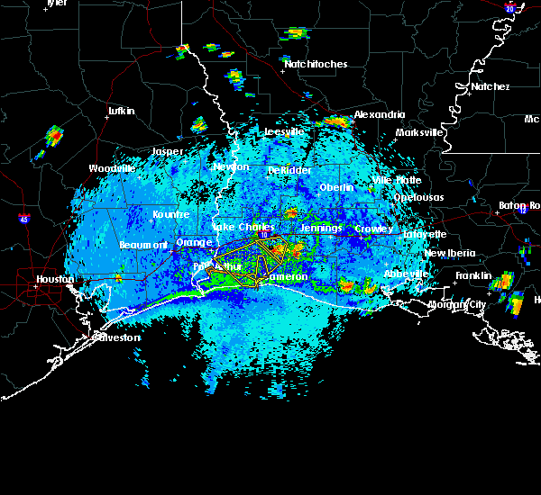 Radar Image for Severe Thunderstorms near Lake Charles, LA at 8/12/2015 4:44 PM CDT