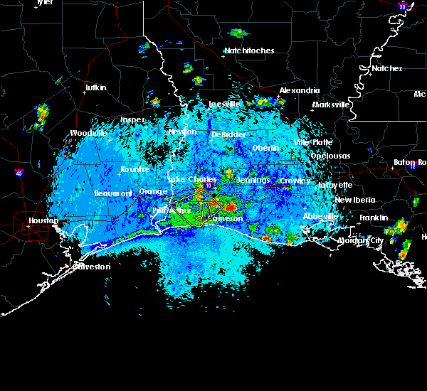 Radar Image for Severe Thunderstorms near Lake Charles, LA at 8/12/2015 5:02 PM CDT
