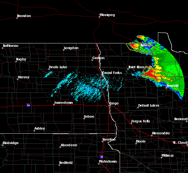 Radar Image for Severe Thunderstorms near Roseau, MN at 8/12/2015 5:08 PM CDT