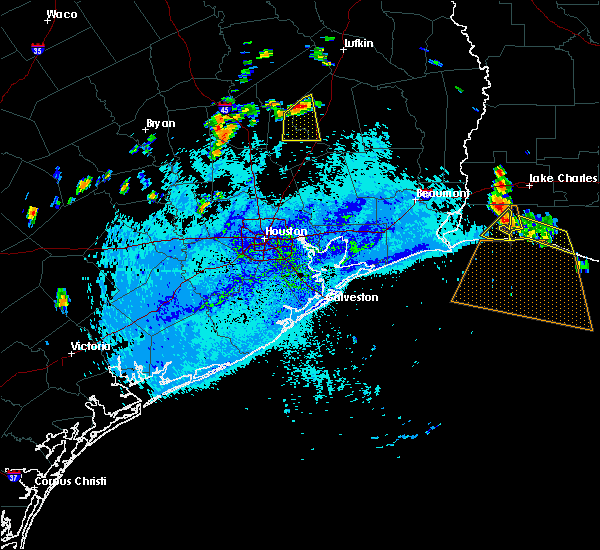 Radar Image for Severe Thunderstorms near Cape Royale, TX at 8/12/2015 5:45 PM CDT