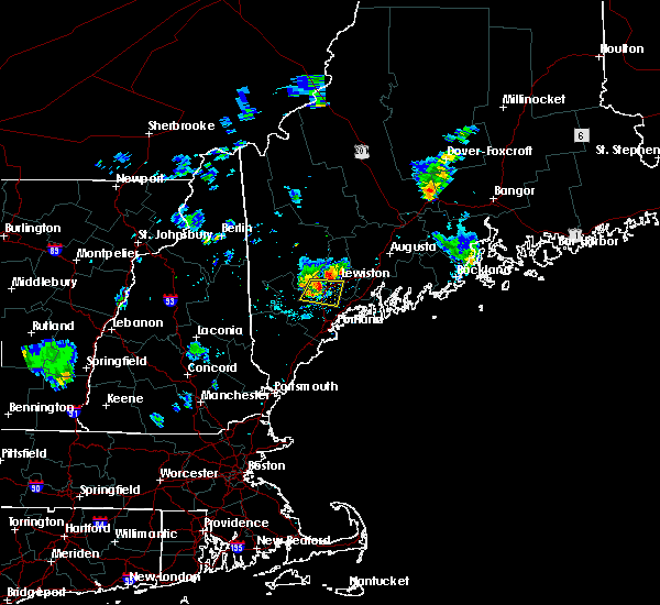 Radar Image for Severe Thunderstorms near Auburn, ME at 8/12/2015 7:43 PM EDT