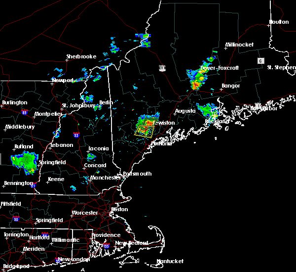Radar Image for Severe Thunderstorms near Auburn, ME at 8/12/2015 7:58 PM EDT