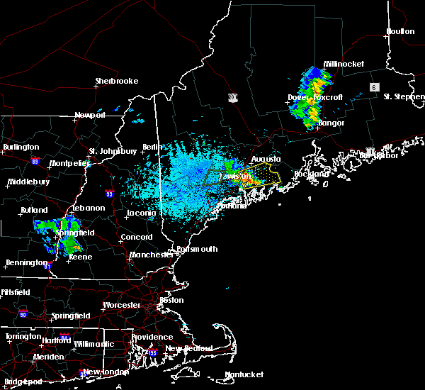 Radar Image for Severe Thunderstorms near Farmingdale, ME at 8/12/2015 8:58 PM EDT