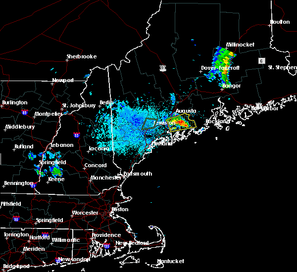 Radar Image for Severe Thunderstorms near Farmingdale, ME at 8/12/2015 9:18 PM EDT
