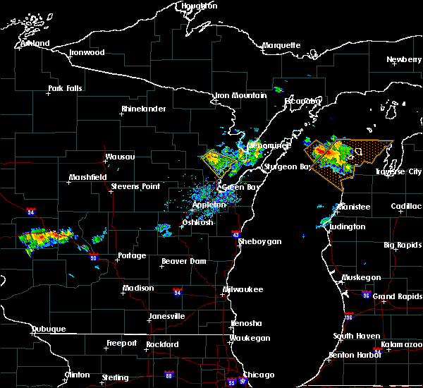 Radar Image for Severe Thunderstorms near Abrams, WI at 8/13/2015 3:31 PM CDT