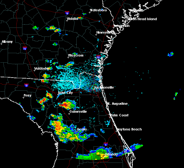 Radar Image for Severe Thunderstorms near Gainesville, FL at 8/13/2015 5:03 PM EDT