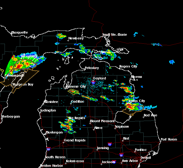 Radar Image for Severe Thunderstorms near South Boardman, MI at 8/14/2015 2:57 PM EDT