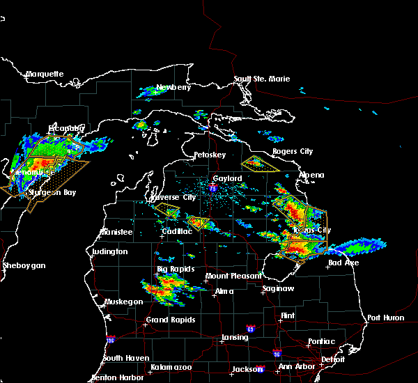 Radar Image for Severe Thunderstorms near South Boardman, MI at 8/14/2015 3:29 PM EDT