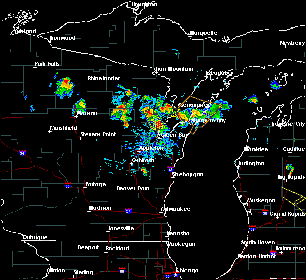 Radar Image for Severe Thunderstorms near Abrams, WI at 8/14/2015 3:35 PM CDT