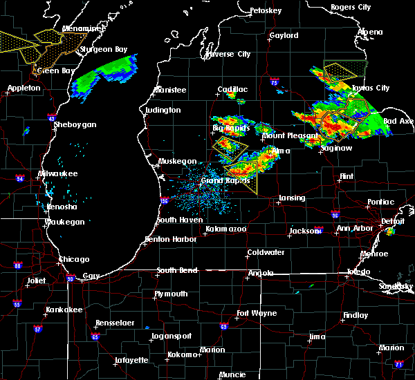 Radar Image for Severe Thunderstorms near Canadian Lakes, MI at 8/14/2015 5:00 PM EDT