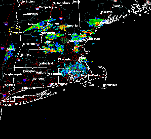 Radar Image for Severe Thunderstorms near Methuen Town, MA at 8/15/2015 5:03 PM EDT