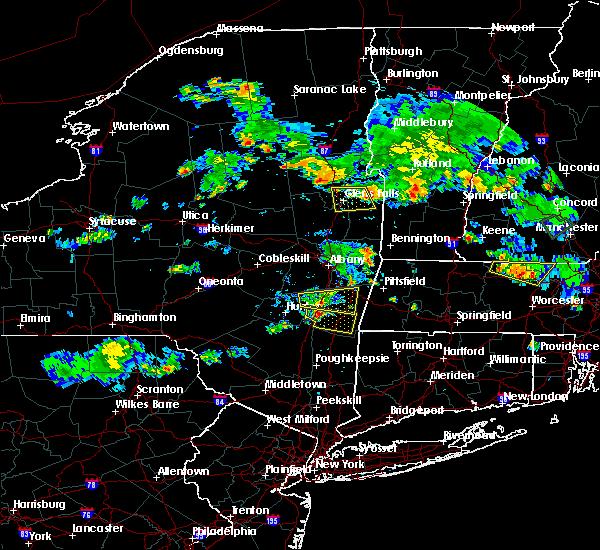 Radar Image for Severe Thunderstorms near Hudson, NY at 8/15/2015 5:43 PM EDT