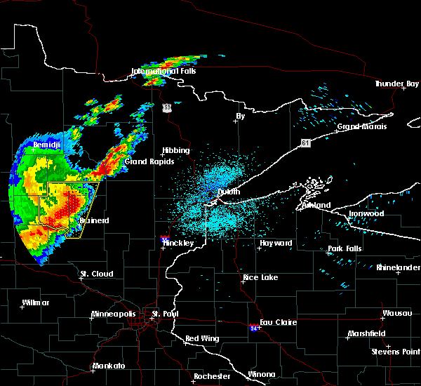 Radar Image for Severe Thunderstorms near Pequot Lakes, MN at 8/16/2015 1:21 AM CDT