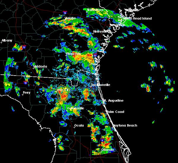 Radar Image for Severe Thunderstorms near Lake City, FL at 8/17/2015 4:20 PM EDT