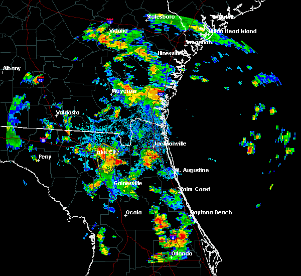 Radar Image for Severe Thunderstorms near Macclenny, FL at 8/17/2015 4:36 PM EDT