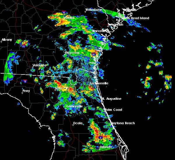Radar Image for Severe Thunderstorms near Glen St. Mary, FL at 8/17/2015 5:00 PM EDT