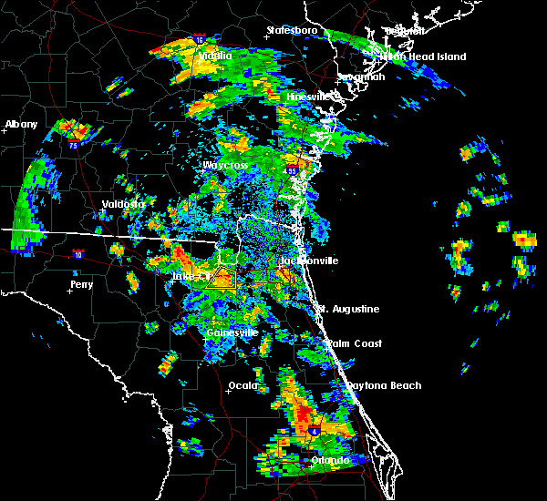 Radar Image for Severe Thunderstorms near Macclenny, FL at 8/17/2015 5:12 PM EDT