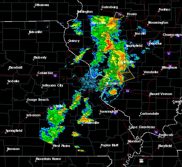Radar Image for Severe Thunderstorms near Old Ripley, IL at 8/18/2015 5:05 PM CDT