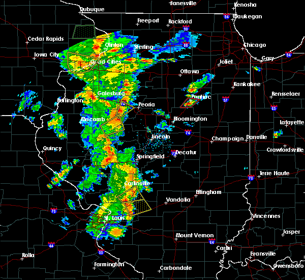 Radar Image for Severe Thunderstorms near Pontiac, IL at 8/18/2015 5:10 PM CDT