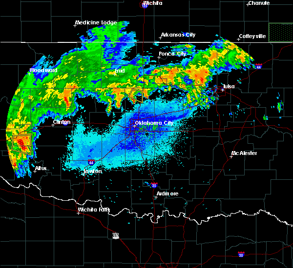 Radar Image for Severe Thunderstorms near Mulhall, OK at 8/19/2015 2:11 AM CDT