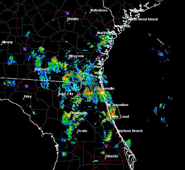 Radar Image for Severe Thunderstorms near Jacksonville, FL at 8/19/2015 4:42 PM EDT