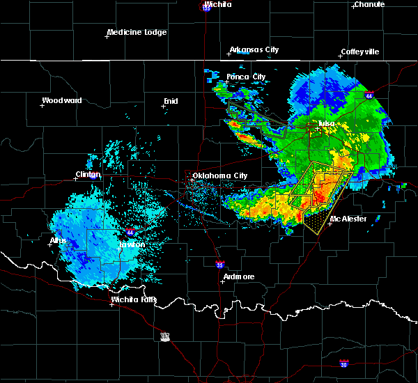 Radar Image for Severe Thunderstorms near Lamar, OK at 8/22/2015 10:40 AM CDT