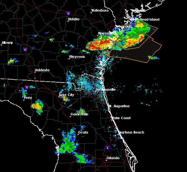 Radar Image for Severe Thunderstorms near Darien, GA at 8/22/2015 7:33 PM EDT