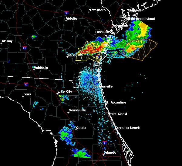 Radar Image for Severe Thunderstorms near Nahunta, GA at 8/22/2015 8:16 PM EDT