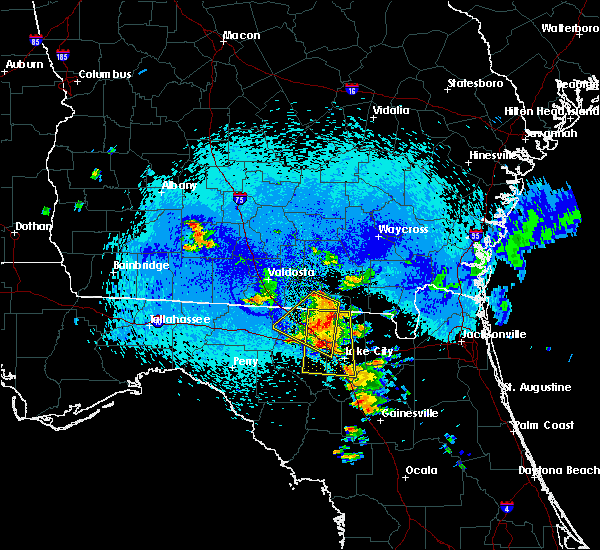 Radar Image for Severe Thunderstorms near Jasper, FL at 8/22/2015 10:56 PM EDT