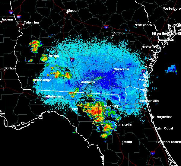 Radar Image for Severe Thunderstorms near Branford, FL at 8/22/2015 11:56 PM EDT