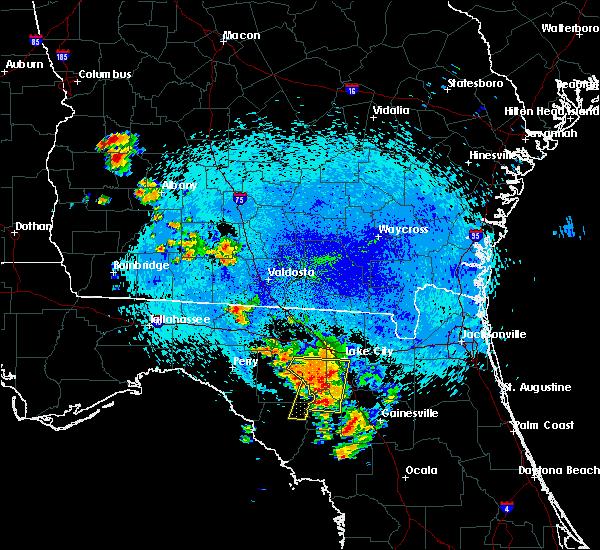 Radar Image for Severe Thunderstorms near Branford, FL at 8/23/2015 12:08 AM EDT