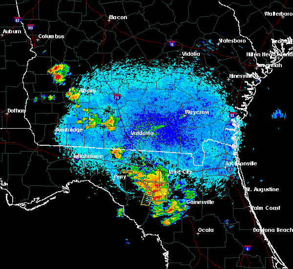 Radar Image for Severe Thunderstorms near Branford, FL at 8/23/2015 12:15 AM EDT