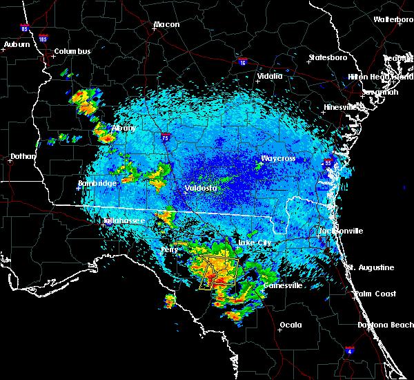 Radar Image for Severe Thunderstorms near Branford, FL at 8/23/2015 12:24 AM EDT