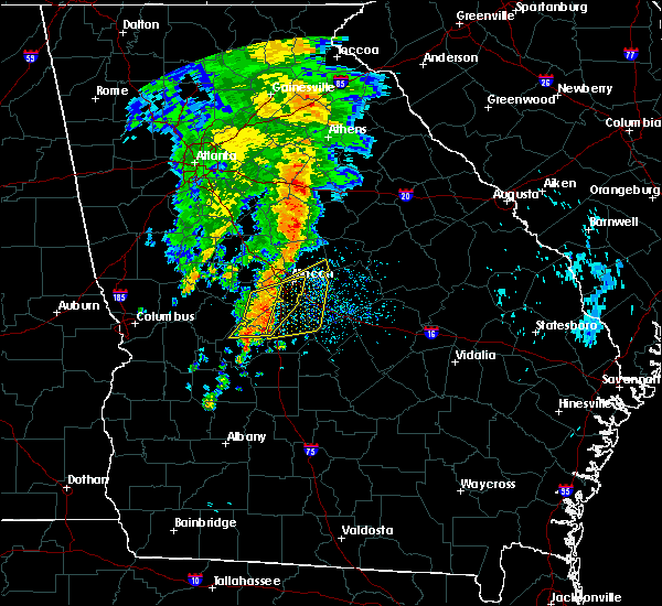 Radar Image for Severe Thunderstorms near Robins AFB, GA at 8/23/2015 10:40 AM EDT